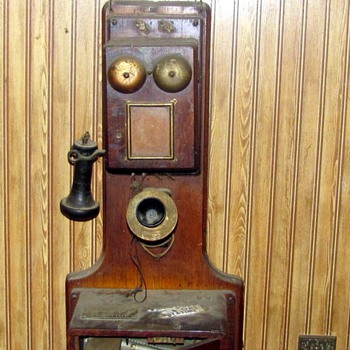 Can anyone give any information on this phone? - Telephones