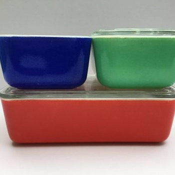 McKee Glass Refrigerator Set in Red Green and Blue