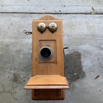 Stromberg Carlson wood wall phone help - Telephones