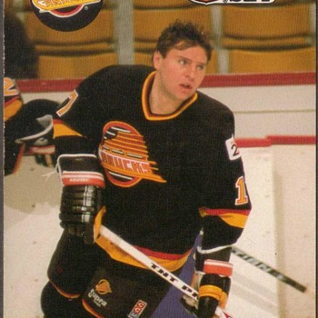 1990 - Hockey Cards (Vancouver Canucks) - Hockey