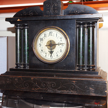 Uhrenfabrik Badische Black Mantle Clock Model 6014, 1880-90 - Clocks
