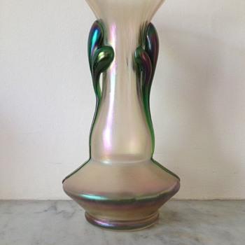 Kralik claw soie de verre vase - Art Glass