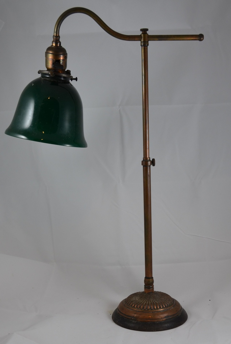 Antique brass desk lamp with green shade edison patients 250 v 50 antique brass desk lamp with green shade edison patients 250 v 50 cp bryant collectors weekly aloadofball