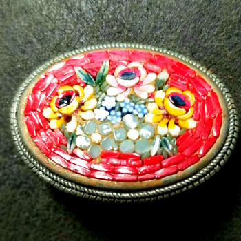 What kind of brooch is this? - Fine Jewelry