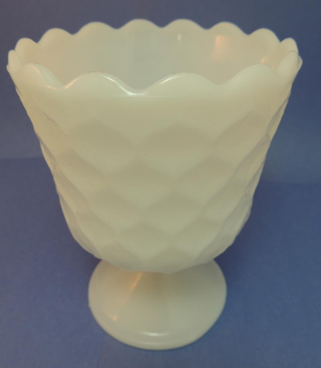 Eo brody glass vase collectors weekly reviewsmspy