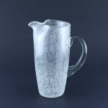 Orrefors? Vicke Lindstrand? Isat (Iced)? - Nope, probably Johansfors! - Art Glass