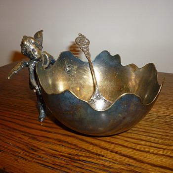 Sugar bowl - Silver