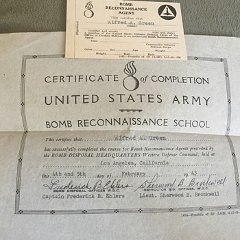 World War 2 US Army Bomb Reconnaissance Agent Certificate - Military and Wartime