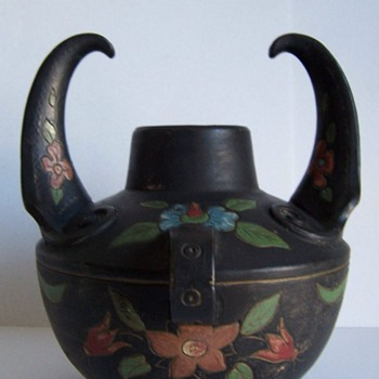 MYSTERY BLACK POT - Pottery