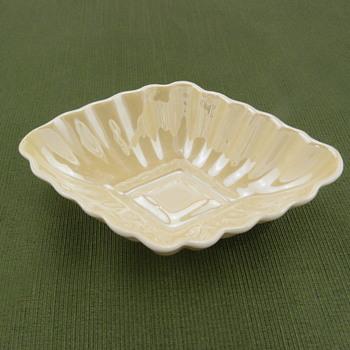 Belleek Diamon Salt - 2nd mark - Pottery