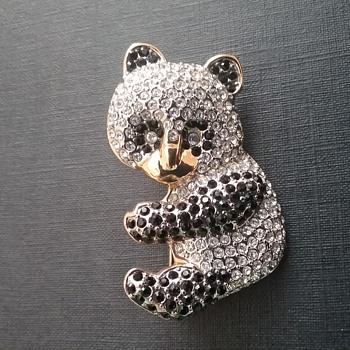 Butler Fifth Ave panda bear brooch  - Animals