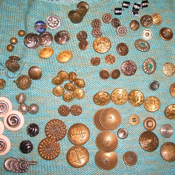 A Few More Metal Buttons + more - Sewing