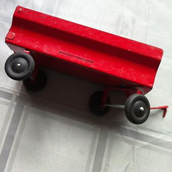Massey-Ferguson toy. - Toys