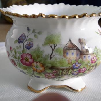 Aynsley china pattern mystery - China and Dinnerware