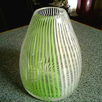 "Cone Shaped 7 "" Art Glass Vase / Lime Green and White Swirled Stripes/ Circa 20th Century - Art Glass"