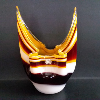 Fukuoka handkerchief bowl - Art Glass
