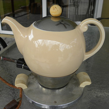Art Deco Electric Teapot - Kitchen
