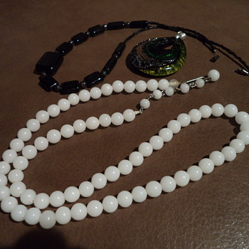 A 'Lot' of custom jewelries... - Costume Jewelry