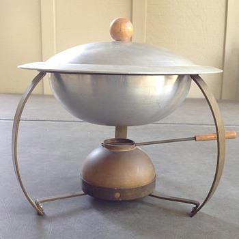 Mid Century Modern Cravell Chafing Dish - Mid-Century Modern