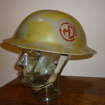 British WWII 51st Highland Division steel helmet. - Military and Wartime