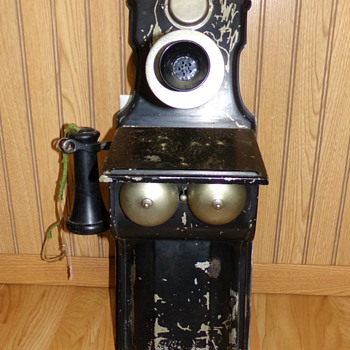 C. 1908 Federal Steel Phone - Telephones