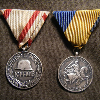 "Pro deo et Patria & Hungarian 1941 ""DÉLVIDÉK"" medal for Yugoslavia fighting"
