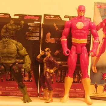 Added Marvel Legends Avengers Hulk and Batroc andD.C.comics 12 inch  the Flash - Toys
