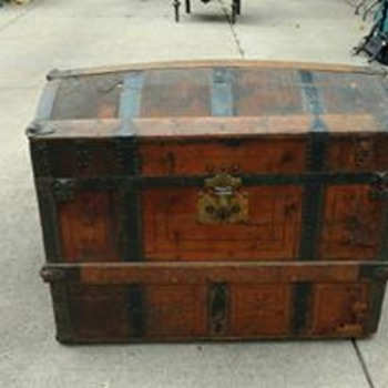 Help have no idea what year this luggage trunk was made - Furniture