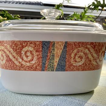 Unknown Corningware pattern - Kitchen