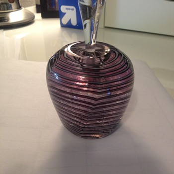 Beautiful purple apple paperweight - Art Glass