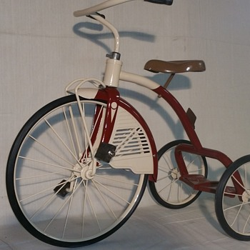 Restored 1940s AMF Junior tricycle  - Toys