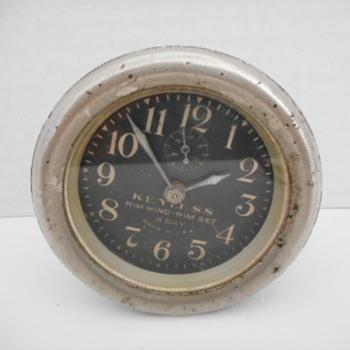 Keyless Auto Clock - Classic Cars