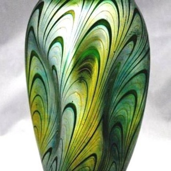 Loetz Phanomen 7624. - Art Glass