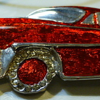 Studio Jewelry car brooch - Costume Jewelry