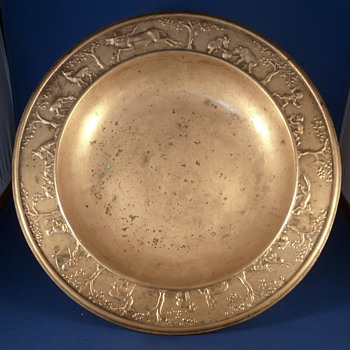 A WIENER WERKSTATTE  bronze plate. - Art Deco