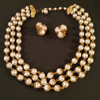 Vintage Faux Pearl Necklace & Earring Set - Costume Jewelry