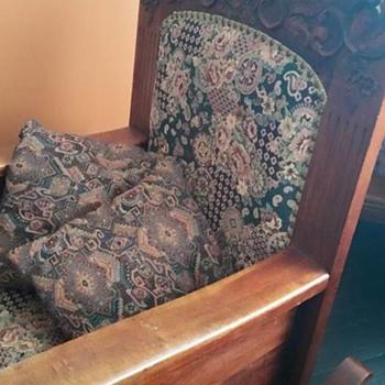 Rocking Chair - No Idea on Origin - HELP!