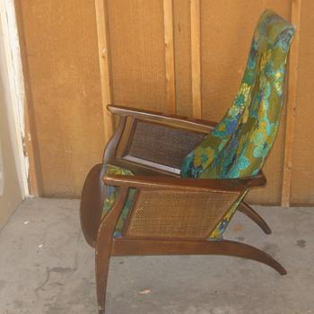 Danish Chair (I ThinK) - Furniture