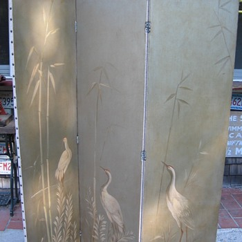 1920's Painted Dressing Screen  Cranes made for Paine Furniture Boston Ma. - Furniture