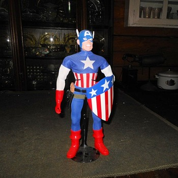 Round 2 Captain Action Captain America WWII Version - Toys