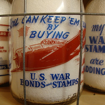 YOU CAN KEEP EM FLYING.....RED/BLUE CREAMTOP WAR SLOGAN...SANITARY DAIRY...WARREN OHIO - Bottles