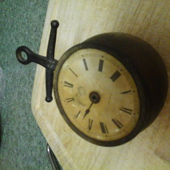 found new haven brass clock looking for info on it.