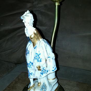 Vintage / Antique Lamp with a Porcelain Lady