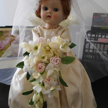 Vogue Bride doll - Dolls