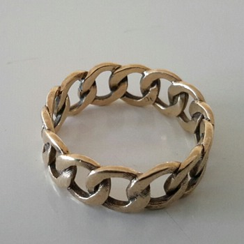 9ct gold Curb Link Ring.....Favourite Ring - Fine Jewelry