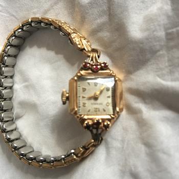 Mamma Dora's - Wristwatches