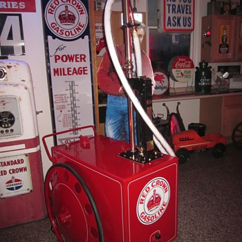 Antique Gas Cart, Red Crown Polarine Theme - Petroliana