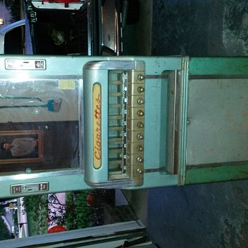 National Cigarette vending machine  - Coin Operated
