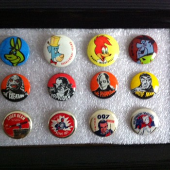 Pinback display frame - Medals Pins and Badges
