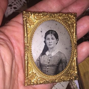 Antique tintype picture with surprise - Photographs